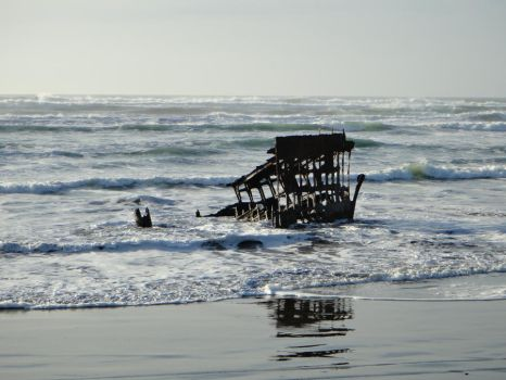 Wreck of the Peter Iredale by Barghest1031