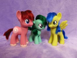 Custom Toy Family by equinepalette