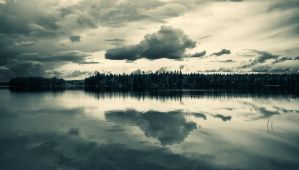 Cloud Reflection by Nitrok