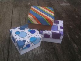 Deco Gift Box in Purple by hglucky13