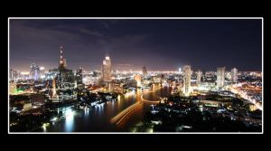 Chao Phraya by night by Jaybroer