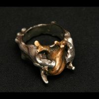 Bleeding Heart Ring by kai-gehn
