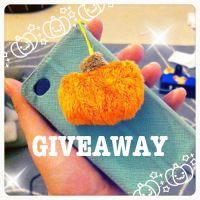 HALLOWEEN GIVEAWAY! by Scarlet-Songstress