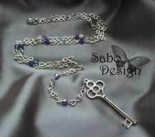 Gothic key necklace by SamanthaBossy