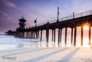 Huntington Pier by tassanee
