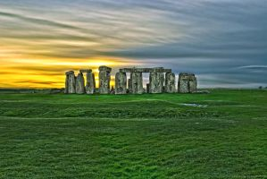 Sunset at Stonehenge - Wiltshire, England by RichardNohs