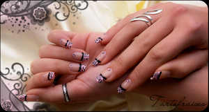 sexy french manicure by Tartofraises