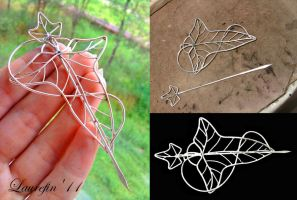 Lorien's leaf brooch by Laurefin-Estelinion