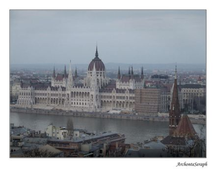 Budapeste - Le Parlement II by ArchonteSeraph