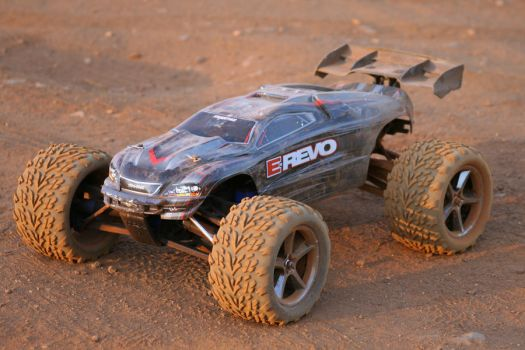 E-Revo - RC Car - Fun 3 by JimChuD