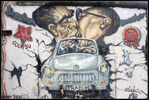 Berlin Wall Graffity IV by McSes