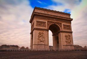 Arc de Triomphe by KTCronin