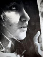 Calling out by elizarosca