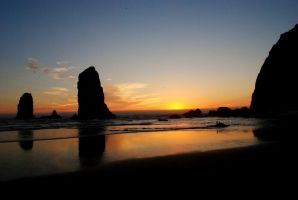 Cannon Beach by SkippyJelly