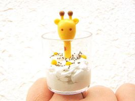 Giraffe Parfait by souzoucreations