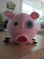 Mr.Waddles the 15lb pig (front view) by cubseidl