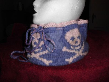 Pink and Purple Cowl 01 by Ryuus-Wardrobe