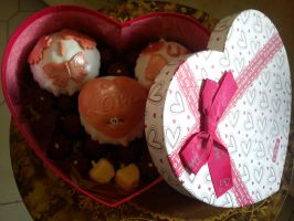 S. Valentine's Day Cupcakes e Chocolates by RaigaKurosuki