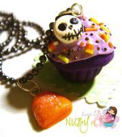 Halloween Cupcake by colourful-blossom