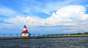 St. Joseph/Benton Harbor Inner Lighthouse by Foozma73