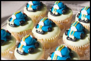 Car Cupcakes by theshaggyturtle