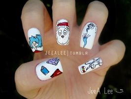 The Cat In The Hat Nails by jeealee