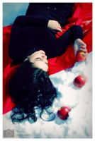 red_on_thesnow by marymarycherry