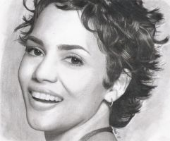 Halle Berry... by Piasek7321