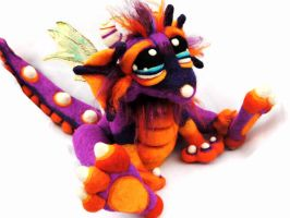 Autumn Crush Dragon by Tanglewood-Thicket