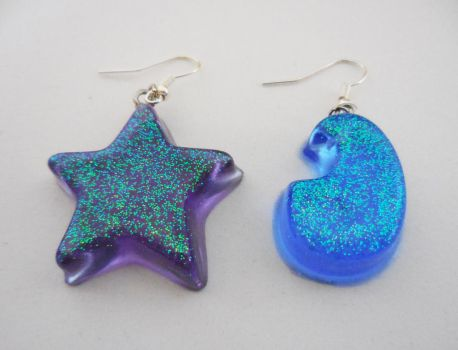 Star and Moon Earrings by crystalcorgiboutique