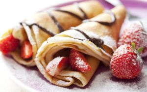 crepe strawberry by tracylopez