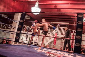 Muay Thai gala Groningen - The first 1,5 minutes by MadjoeSport