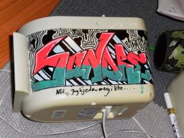 Graffiti on a speaker by lordsonny