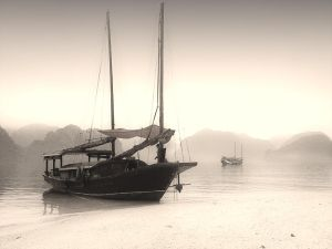 Halong bay and Smartphone by GraFik1969