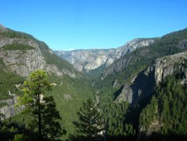 Mountains of Yosemite 2 by Earthmagic