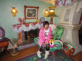 Minnie Mouse's House Inside 1 by maidenseeker