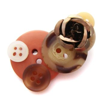 Brown Button Brooch by fairy-cakes
