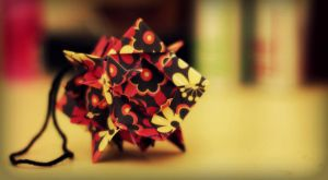 luminous kusudama by leezarainboeveins