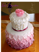 Rose cake by sweetdisposition14