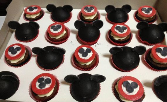 Mickey mouse cupcakes by kireihiryu