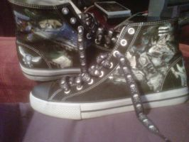 Painted Converse by ChoasisShinigami