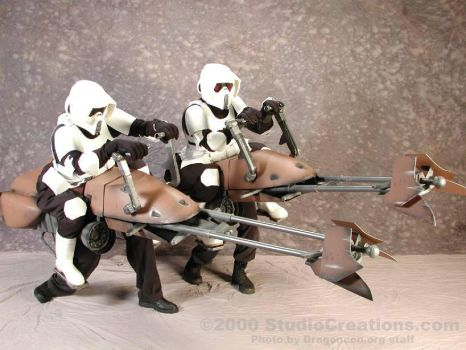 Speeder Bike Costumes by StudioCreations