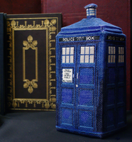 TARDIS in 3D Cross Stitch Plush Pattern by rhaben