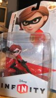 Mrs Incredible Figure by Cheetaur