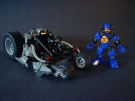 Hero Factory Racers: Pulse 2.0 and the Rollcage by welcometothedarksyde