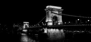 Chain Bridge by kroszi102