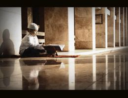 Learn about Al-Quran by fransiscaeve