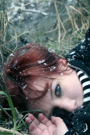 snowflakes in your eyes by TroubleNight - leylden yeni avatar ar�ivi ;)