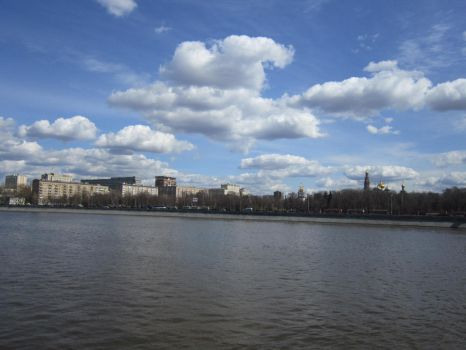 Moskva river by Nowizard