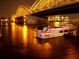 Cologne by night by nijumania